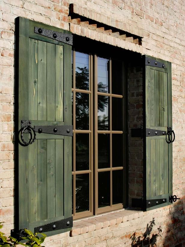 outdoor window shutters  40