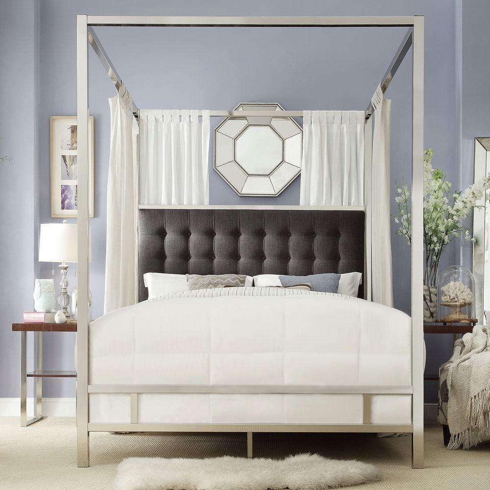 queen canopy bed  67