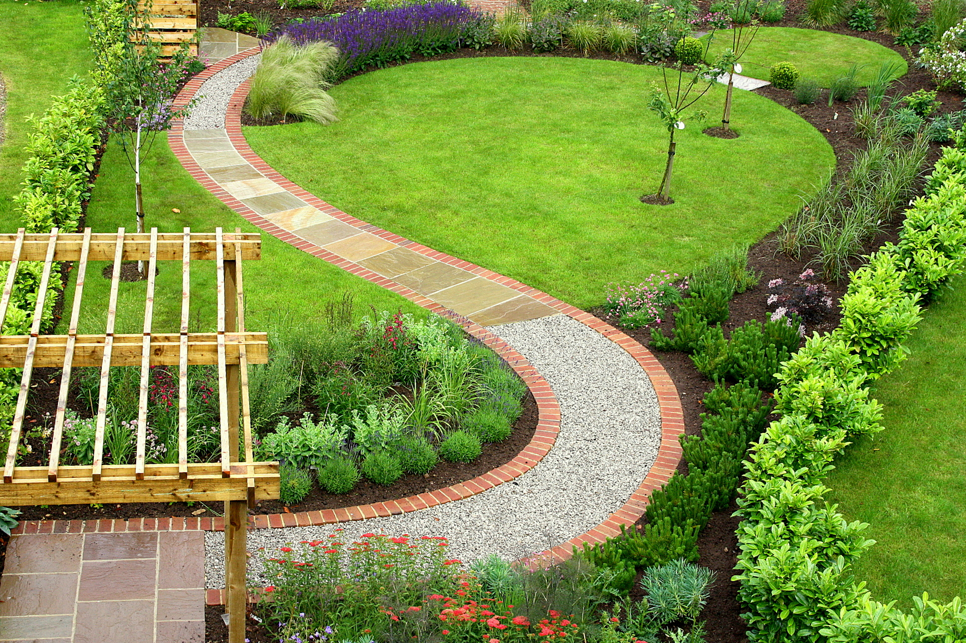 Choose Garden Design to make you garden fantastic and elegant   CareHomeDecor