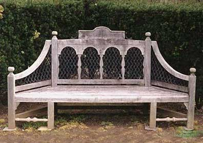 Ideas to make the comfortable garden seats CareHomeDecor