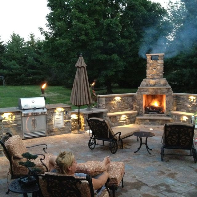 Enjoy warmness with outdoor fireplace CareHomeDecor