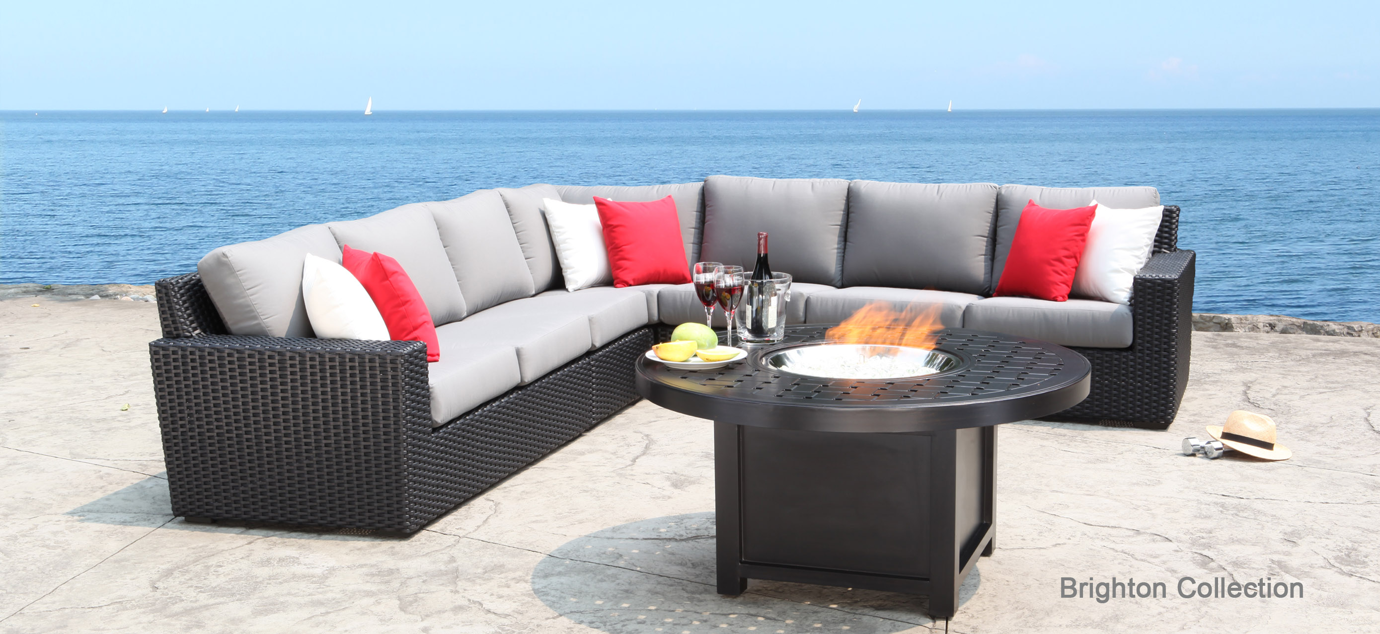 Have elegant style with stylish outdoor patio furniture for Exterior furniture