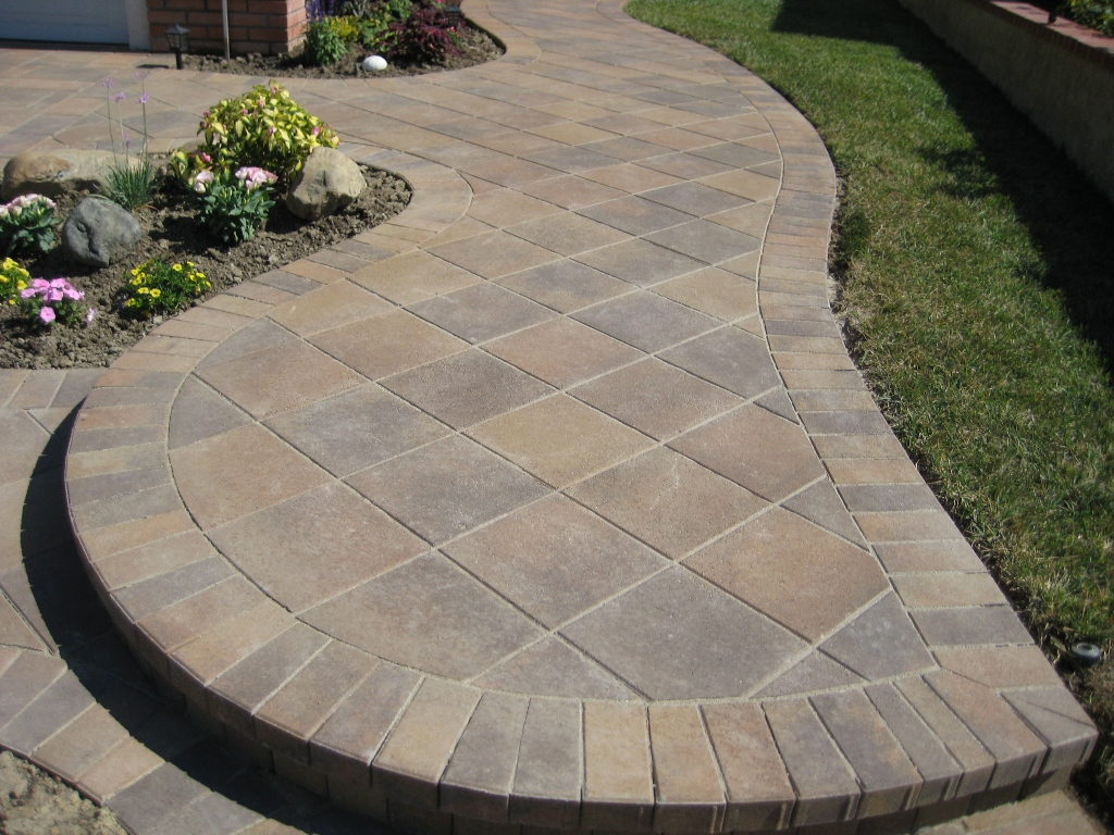 Paver patio designs- elegant look to your backyard u2013 CareHomeDecor