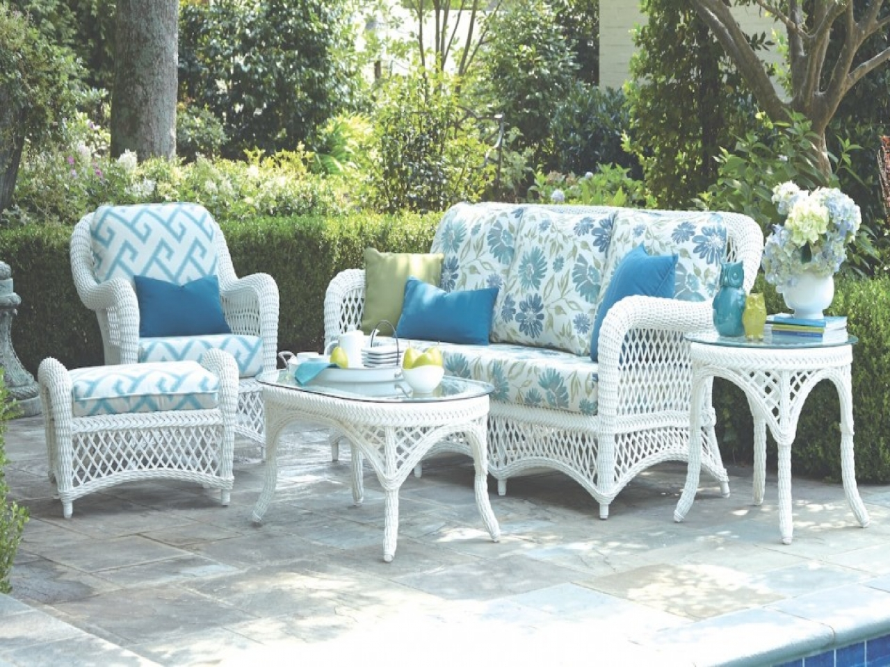 White Outdoor Wicker Patio Furniture Jeco Wicker Patio Furniture White Outdoor Coffee Table