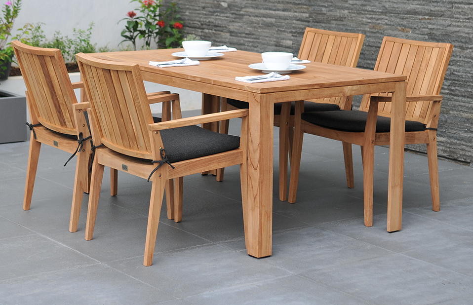 Wooden Garden Furniture For Every Beautiful Garden Needs A Perfect Companion Carehomedecor