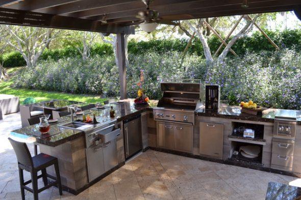 Backyard Kitchen  66