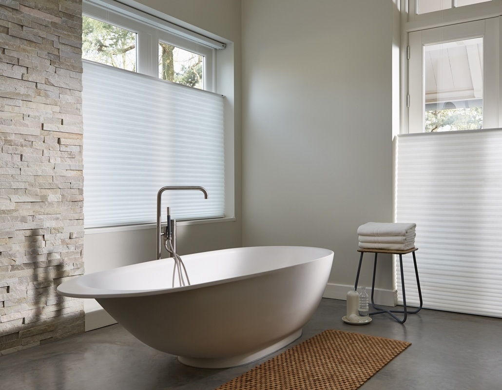 Bathroom blinds  73