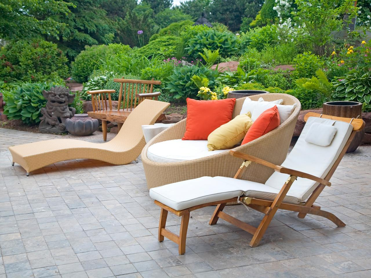 Contemporary Garden Furniture  10