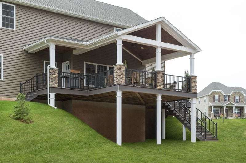 covered deck  54