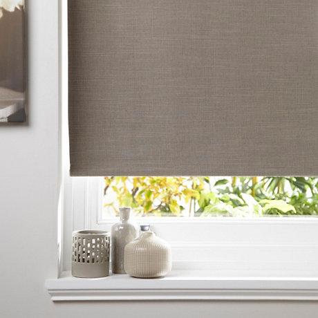 Curtain blinds  14