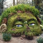 Do garden art in your garden to make it appealing