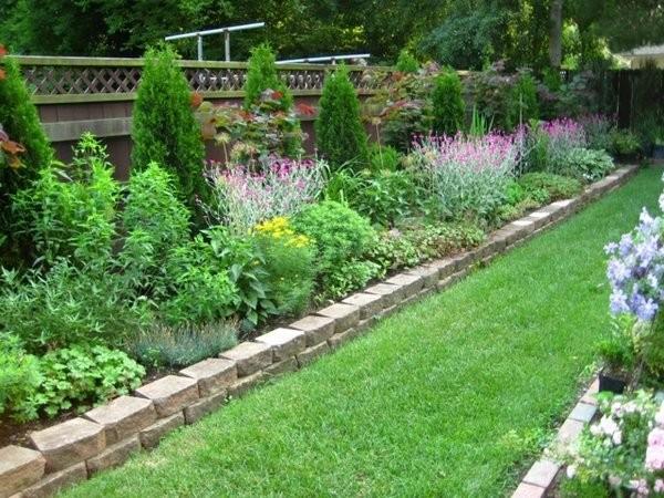 Garden borders  46