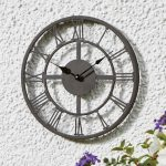 Make your garden beautiful with stylish garden clocks