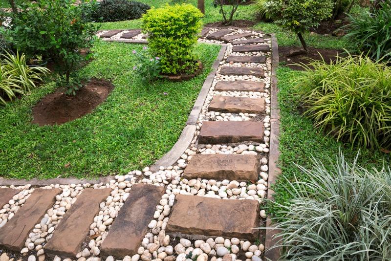 garden paths  96