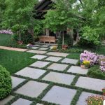 Make garden attractive and beautiful with garden pavers