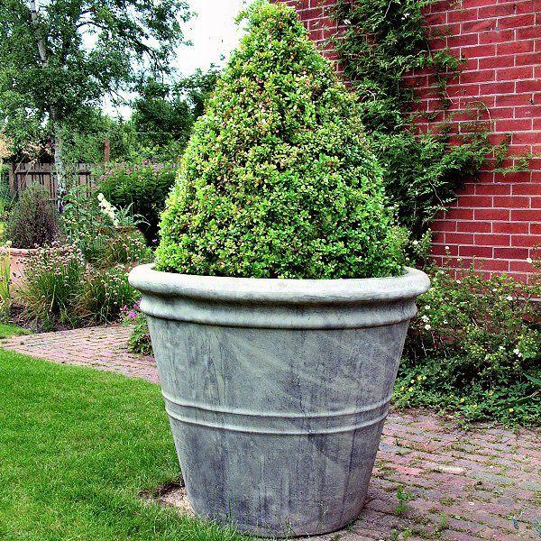 large garden planters  70