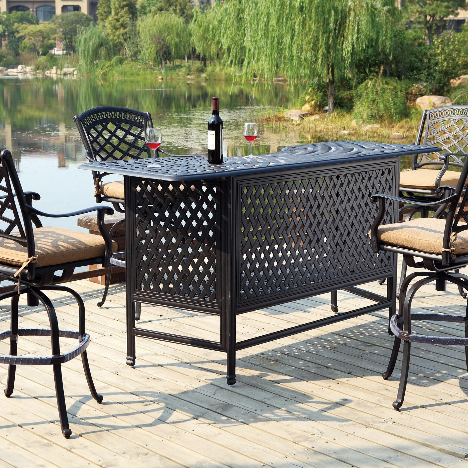 Outdoor Bar sets for a drink under the sun!