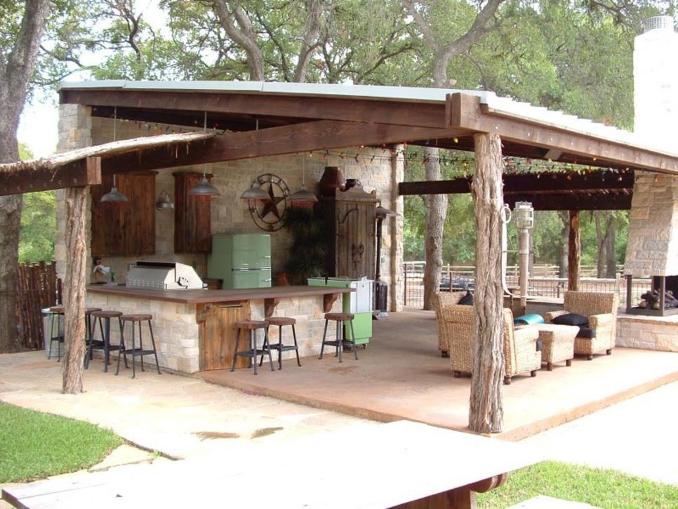 outdoor bars  34