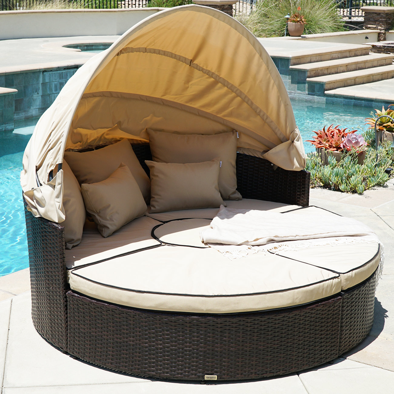 outdoor daybed  71
