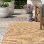 How to choose the right outdoor rugs