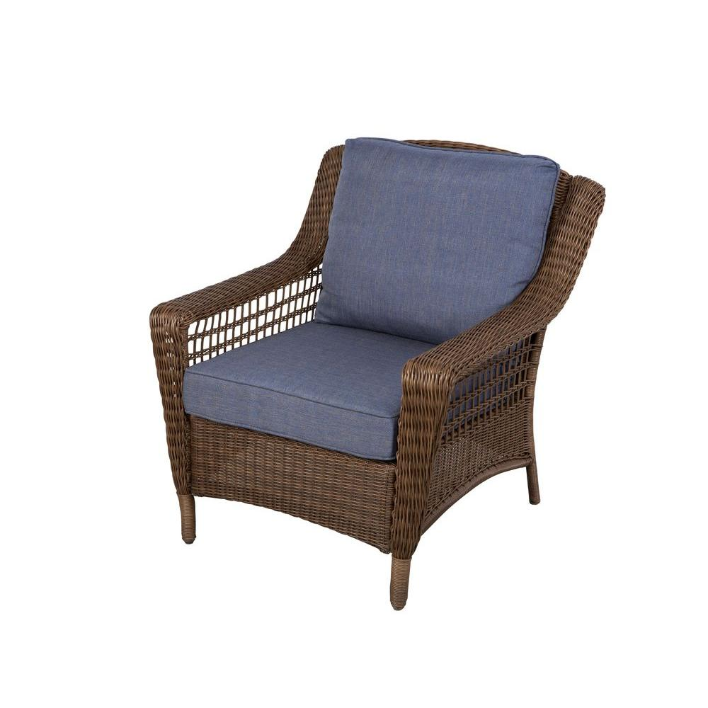 Outdoor wicker chairs  09