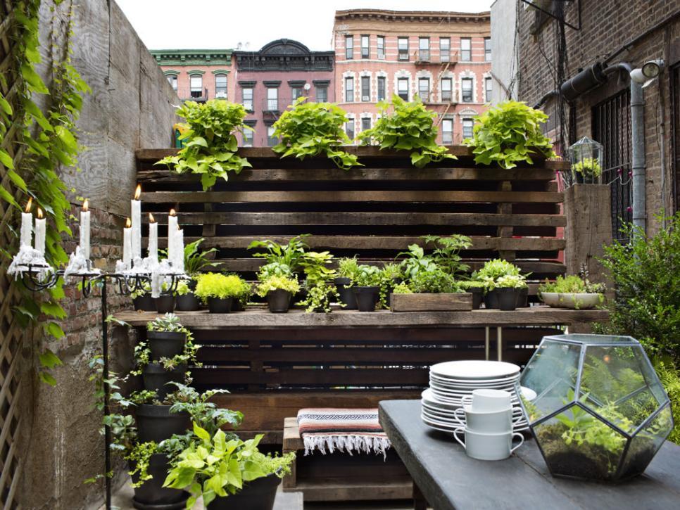 patio garden ideas  30