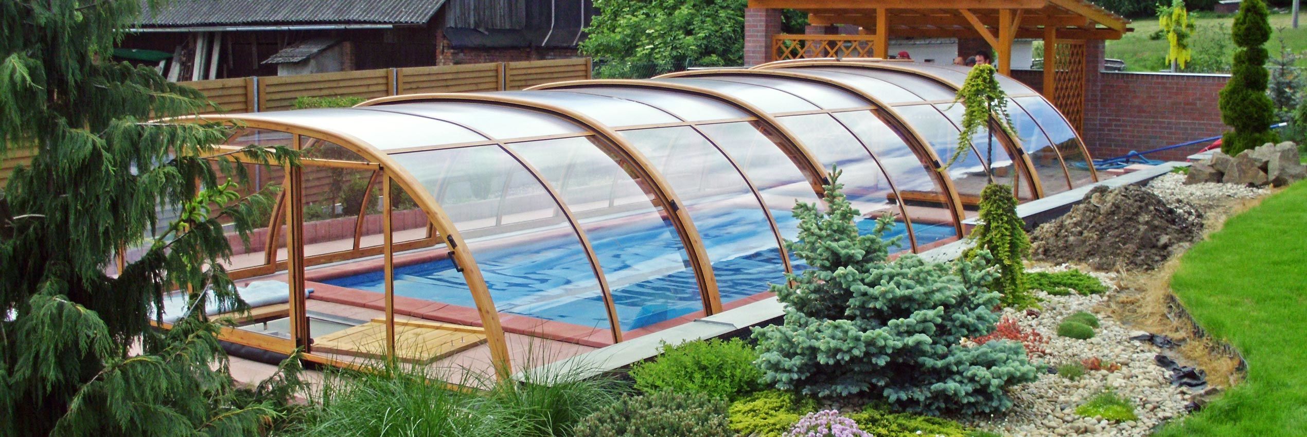 pool enclosures 41