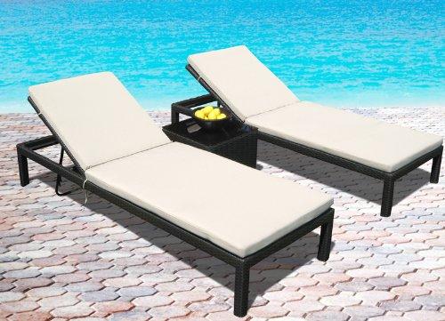 pool lounge chairs  07