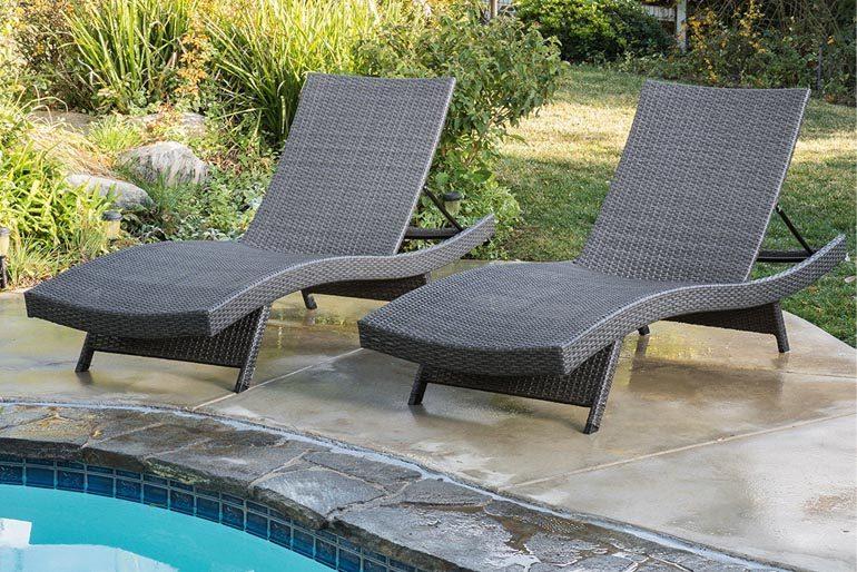 Reclining Garden Chairs  48
