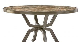 round outdoor table 70