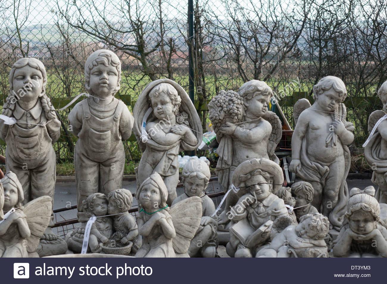 stone garden ornaments  63