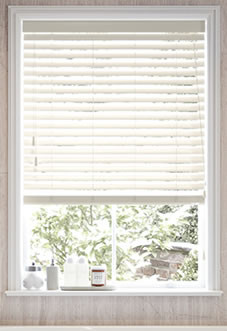 wooden venetian blinds  35