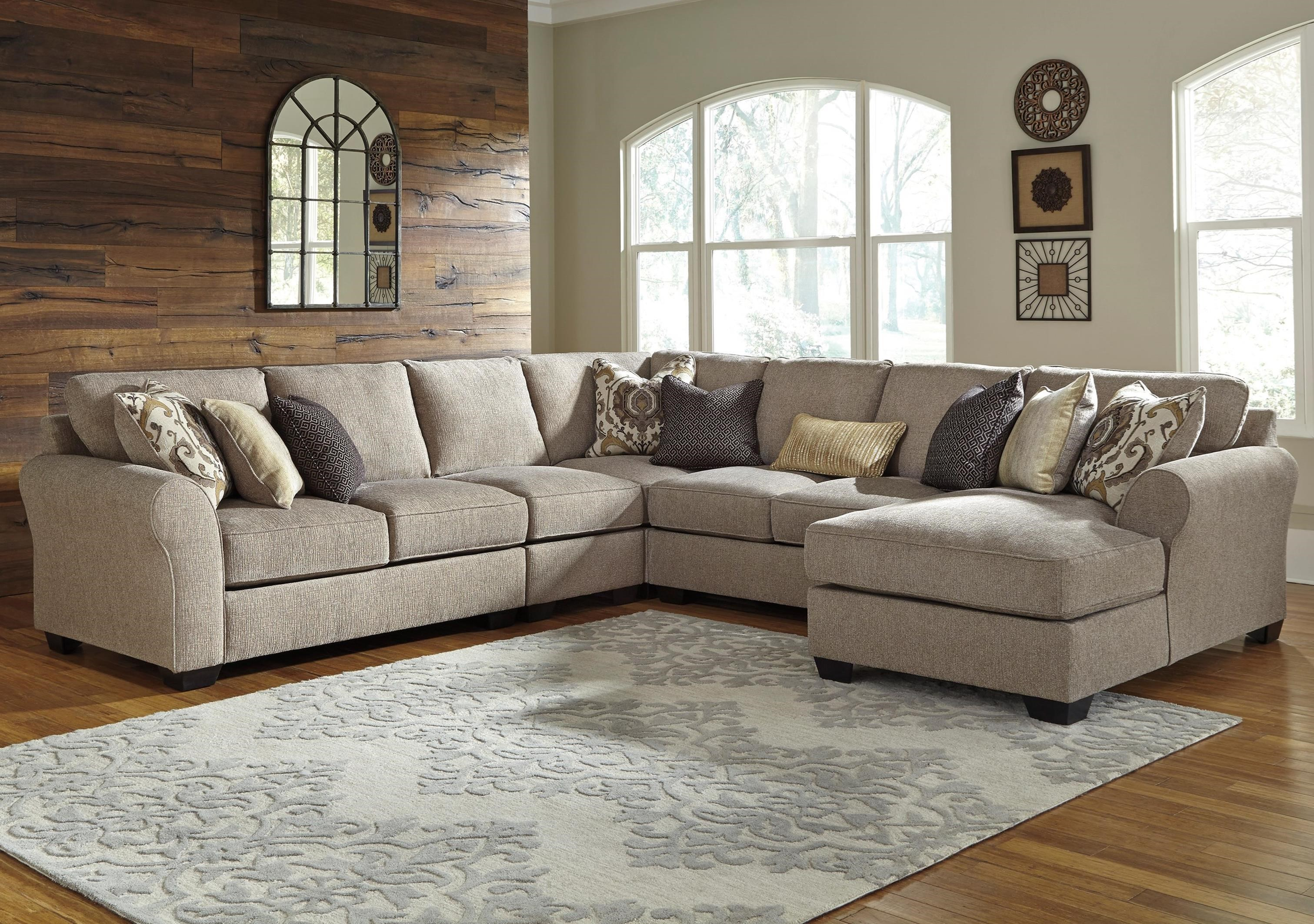 Benchcraft Pantomine 5-Piece Sectional with Right Chaise | Boulevard