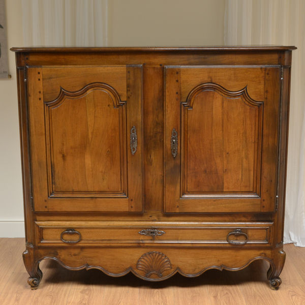 Antique Oak Cupboards - The UK's Premier Antiques Portal - Online