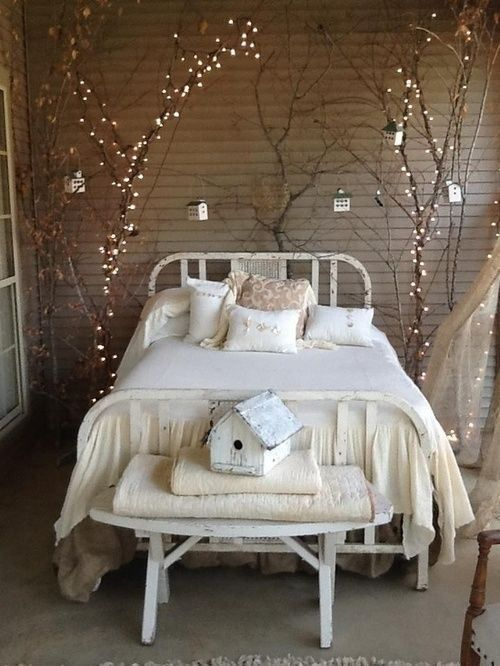 Cute ways to create a vintage style bedroom (cassiefairy.com