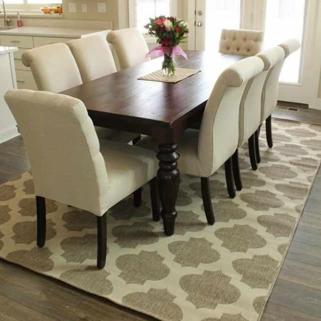 10 of the Best Kid-Friendly Dining Table Rugs | Six Sisters' Stuff