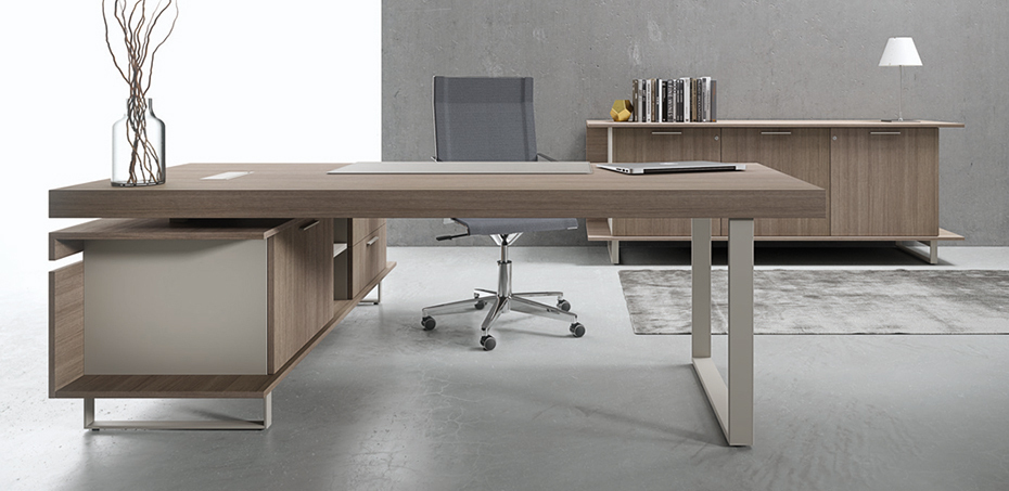 Executive office desk Essence by Uffix, design Driusso associati
