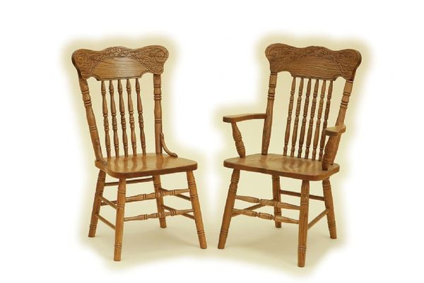 Qualities of oak dining chairs