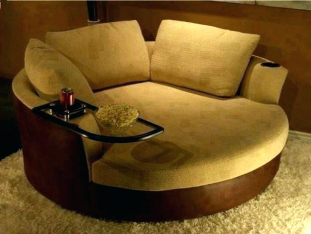 Round loveseat sofa and its   benefits