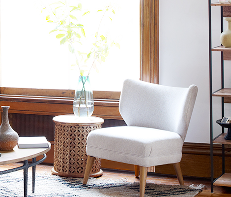 Buying tips for small chairs for living room - CareHomeDecor